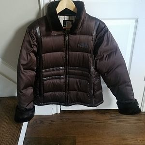 L WOMAN'S the North Face down 550 jacket puffer